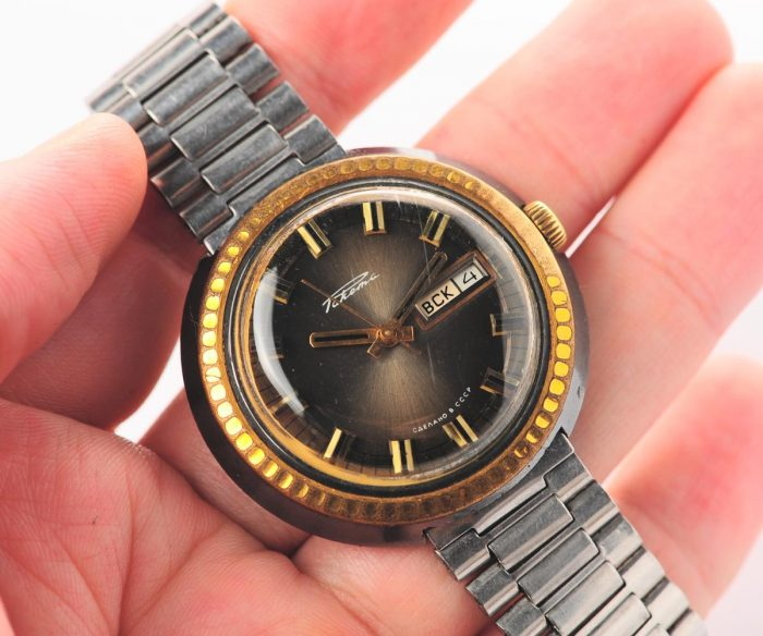 watch Raketa large with bracelet 3137-1163