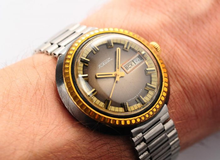watch Raketa large with bracelet 3137-1168